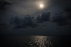 Moon over Ocean (Mu Ko Chang National Park, Thailand)